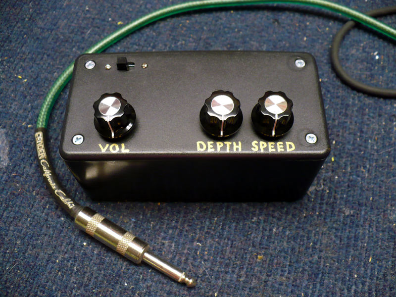 The Guitar Phaser/Tremolo Effects Box | HACK A WEEK
